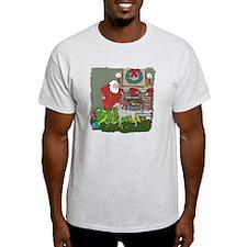 Santa's Helper Weimaraner T-Shirt