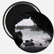 Magnet Maui Lava Tube (Schnauzer shaped)