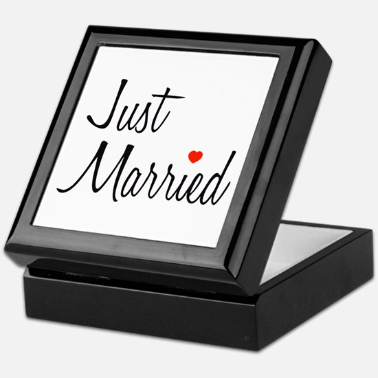 Just Married (Black Script w/ Heart) Keepsake Box