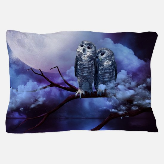 Cute couple owls in the night Pillow Case