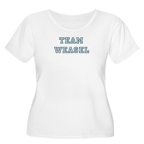 Team Weasel Women's Plus Size Scoop Neck T-Shirt