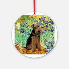 Welsh Terrier in Irises Keepsake (Round)