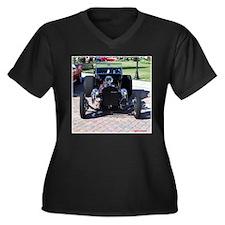 BLACK HOT ROD Women's Plus Size V-Neck Dark T-Shir