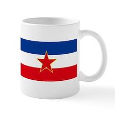 sfrj_zastava_velika Mugs