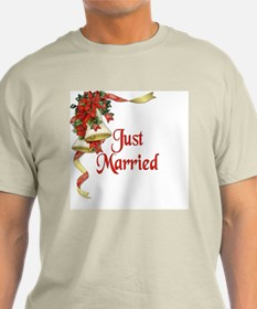 Winter Wedding - Just Married T-Shirt