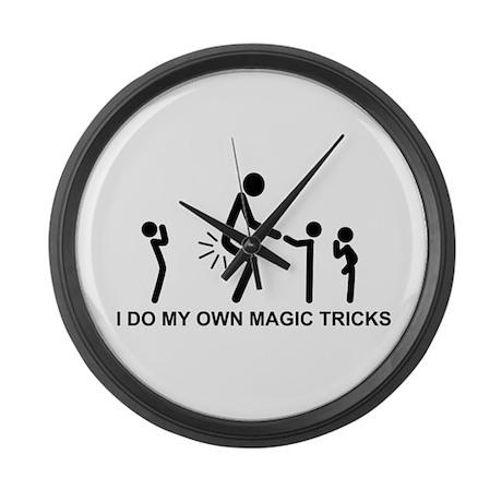 I do my own magic tricks - Large Wall Clock