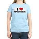 I Love Newspapers Women's Pink T-Shirt