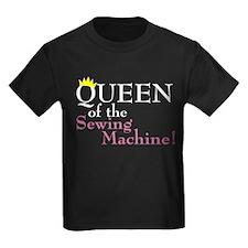 Cute Knitting queen T