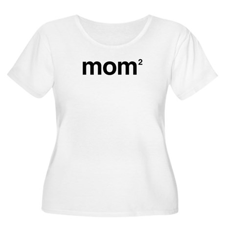 Mom to the Power of 2 Women's Plus Size Scoop Neck