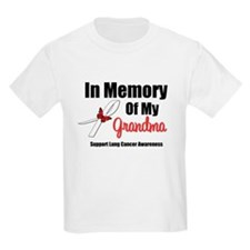 InMemoryGrandma Lung Cancer T-Shirt