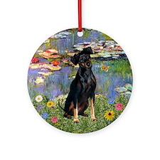 Min Pin in Monet's Lilies Keepsake (Round)