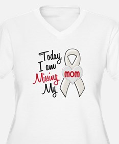 Missing My Mom 1 PEARL T-Shirt