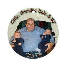 Keepsake (Round) - Twinkies & Grandpa Dale