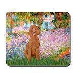 Garden/Std Poodle (apricot) Mousepad