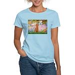 Garden/Std Poodle (apricot) Women's Light T-Shirt