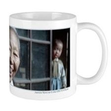 Old Japanese woman with gold tooth - Gift Mug