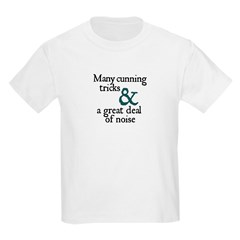 """Many Cunning Tricks..."" Kids T-Shirt"