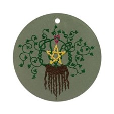 Star and Ivy Embroidery Ornament (Round)