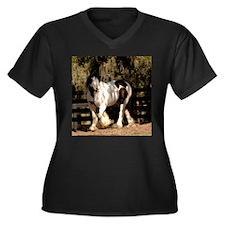 Unique Gypsy Women's Plus Size V-Neck Dark T-Shirt