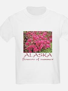 Alaska: flowers of summer Kids T-Shirt