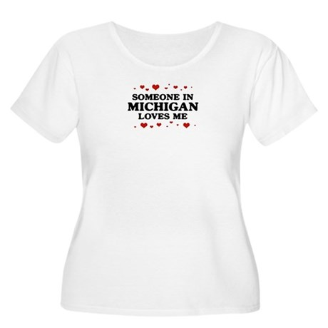 Loves Me in Michigan Women's Plus Size Scoop Neck
