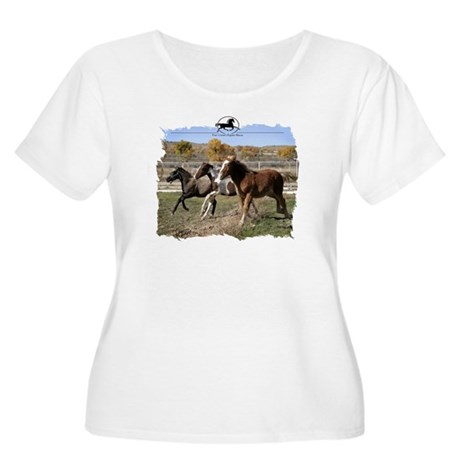 Three Foals Women's Plus Size Scoop Neck T-Shirt