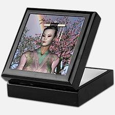 Geisha Rainbow, Keepsake Box