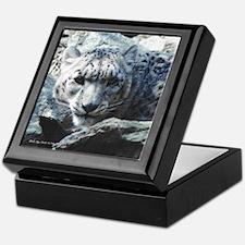 Snow Leopard 1 Keepsake Box