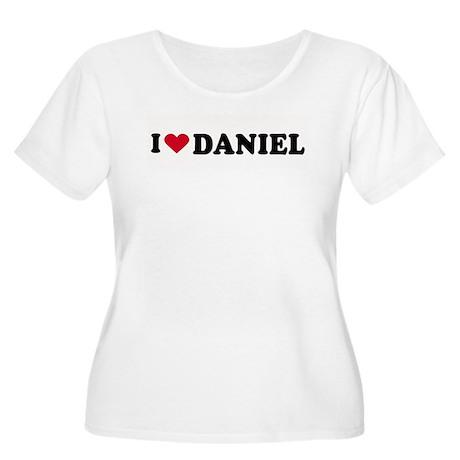 I LOVE BOYS ~ Women's Plus Size Scoop Neck T-Shirt