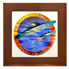 Official UFO Hunter Color Framed Tile