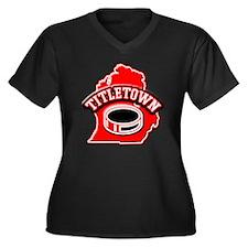 Titletown Hockey Women's Plus Size V-Neck Dark T-S