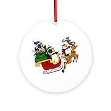 Ray Loves Milo Christmas Ornament (Round)