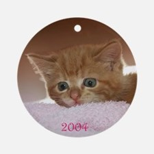Ginger Kitten Christmas 2004 Ornament (Round)