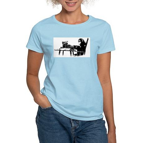 Typing chimpanze Women's Light T-Shirt