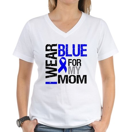 I Wear Blue Mom Women's V-Neck T-Shirt