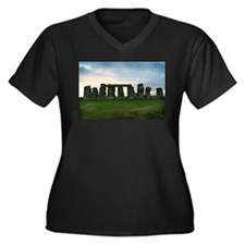 Stonehenge :: Women's Plus Size V-Neck Dark T-Shir