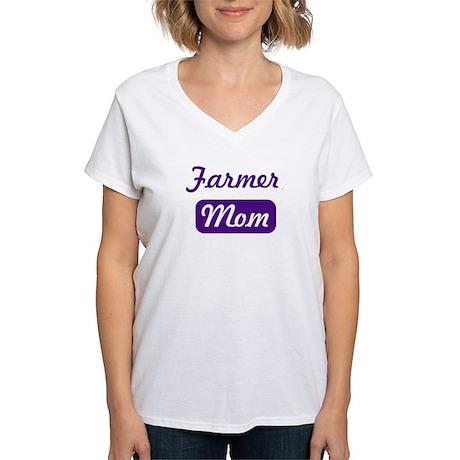 Farmer mom Women's V-Neck T-Shirt
