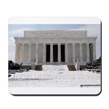 Lincoln Memorial in the snow Mousepad