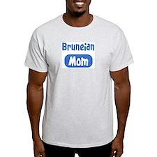 Bruneian mom T-Shirt
