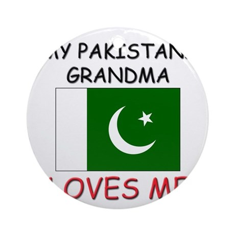 My Pakistani Grandma Loves Me Ornament (Round)