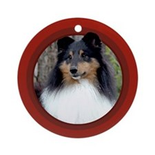 Tri-Color Sheltie Red Round Ornament