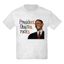 President Obama rocks T-Shirt