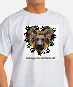 German Shepherds Leave Pawpri T-Shirt