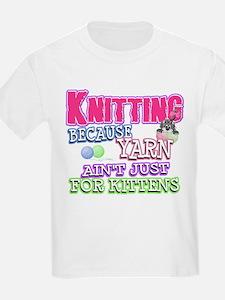 Knitting Kitten T-Shirt