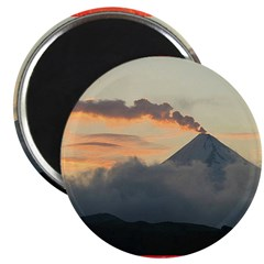 Volcanos Magnet