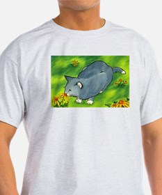 gray cat and flowers T-Shirt