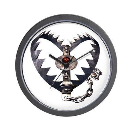 Bear Trap Heart Wall Clock