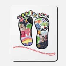 Traveling feet with Eleanor Roosevelt quote Mousep