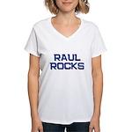 raul rocks Women's V-Neck T-Shirt