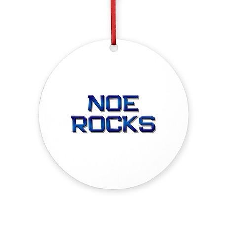 noe rocks Ornament (Round)